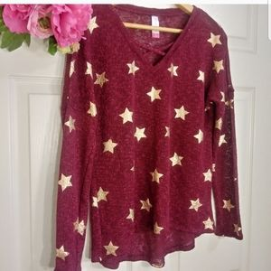 RED & GOLD STAR CROSS FRONT SWEATER BLOUSE SZ M